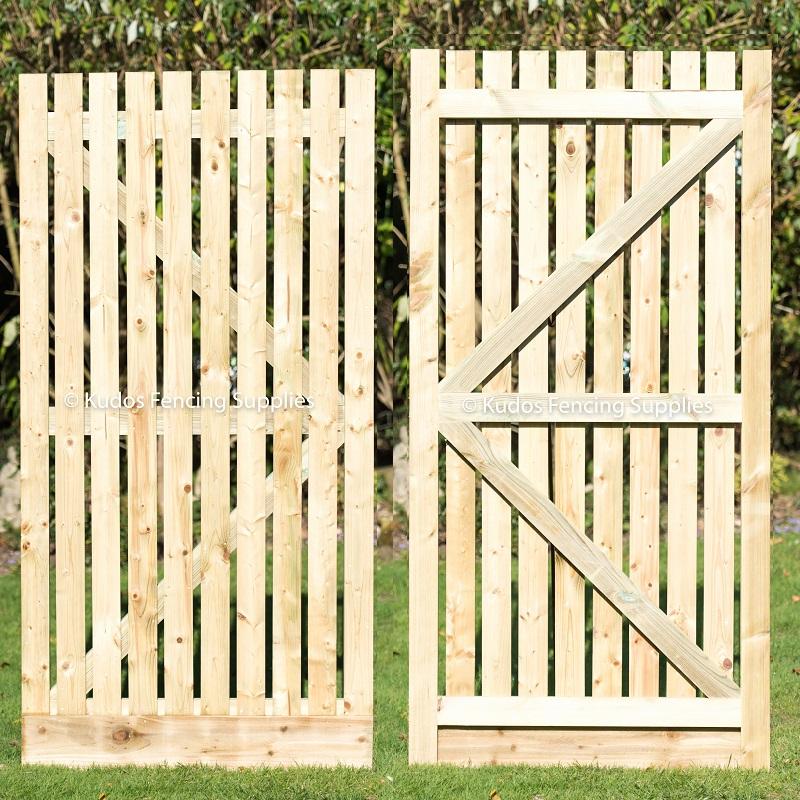 Wooden Palisade Gate & Furniture Set