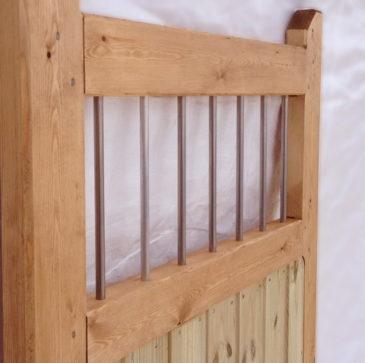 Steel railing top gate