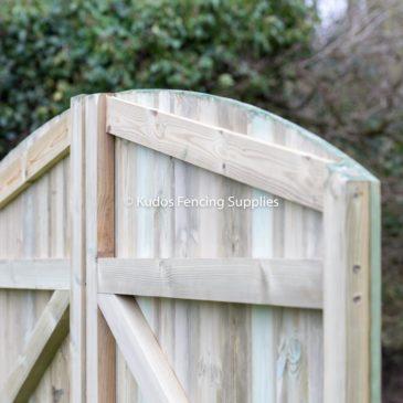 Quality t&g driveway gate